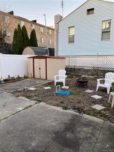 276 EMERSON AVE, BRONX, NY 10465 - Photo 2