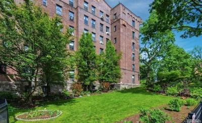 100 PELHAM RD APT 2F, New Rochelle, NY 10805 - Photo 2