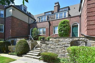 9 CAMPUS PL APT 2A, Scarsdale, NY 10583 - Photo 2