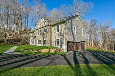 32 BUTLER HILL RD, Somers, NY 10589 - Photo 2