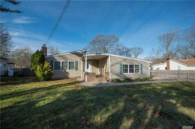 146 ADIRONDACK DR, Selden, NY 11784 - Photo 1