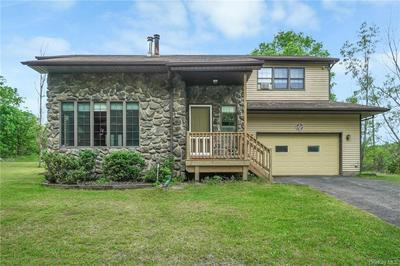 102 WALLACE RD, Hamptonburgh, NY 12543 - Photo 1