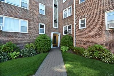 32 BROAD ST E # 2B, Mount Vernon, NY 10552 - Photo 2