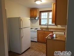143 SEARINGTOWN RD APT 2, Albertson, NY 11507 - Photo 2