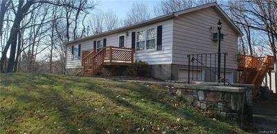 25 LEWIS LN, Wallkill, NY 12589 - Photo 2