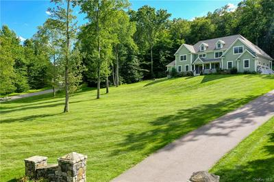1 BROOK HOLLOW CT, Somers, NY 10536 - Photo 1