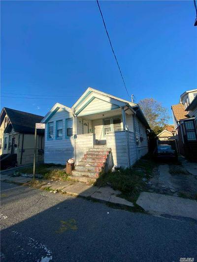 518 HANSON CT, Far Rockaway, NY 11691 - Photo 1