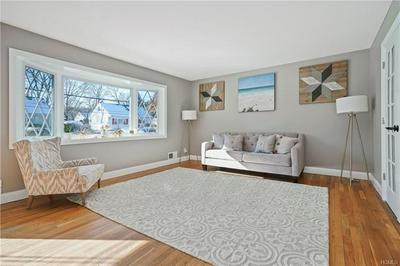 922 ALBERT RD, PEEKSKILL, NY 10566 - Photo 2