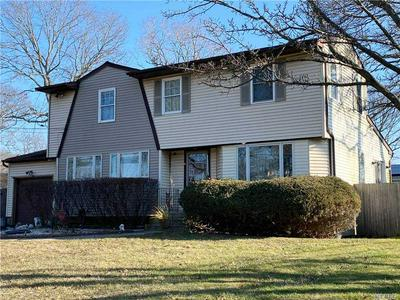 15 ALLEGHENY DR W, Farmingville, NY 11738 - Photo 1