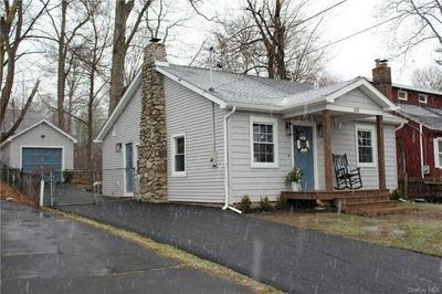 520 SHORE DR, New Windsor, NY 12553 - Photo 2