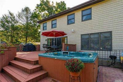 24 ROSEDALE AVE, Medford, NY 11763 - Photo 2