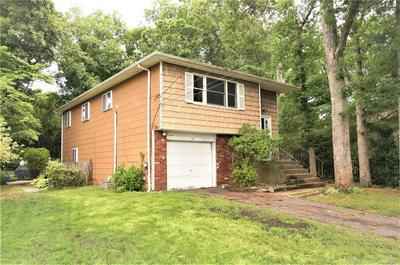 79 LENORE LN, Farmingville, NY 11738 - Photo 2