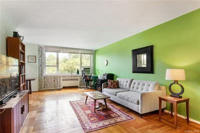 5355 HENRY HUDSON PKWY W APT 5A, Bronx, NY 10471 - Photo 2