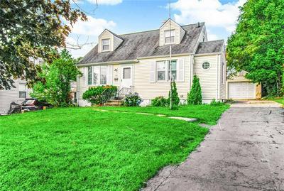 131 CROYDON RD, Yonkers, NY 10710 - Photo 2
