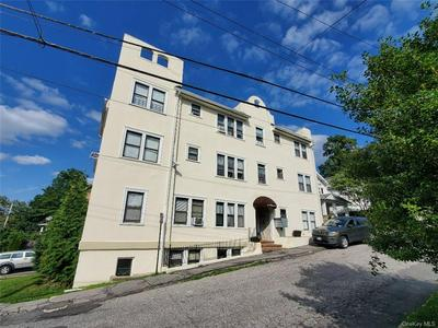 8 HOWARD AVE APT B2, White Plains, NY 10606 - Photo 1