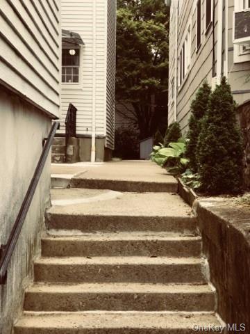 35 MAIN ST APT 3, Greenburgh, NY 10533 - Photo 2