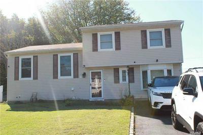 432 GREENBELT PKWY, Holtsville, NY 11742 - Photo 1