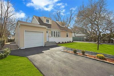 180 BEECHWOOD AVE, Roosevelt, NY 11575 - Photo 1