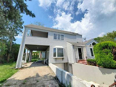 60 I U WILLETS RD, Albertson, NY 11507 - Photo 1