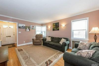 915 BENRIS AVE, Franklin Square, NY 11010 - Photo 2