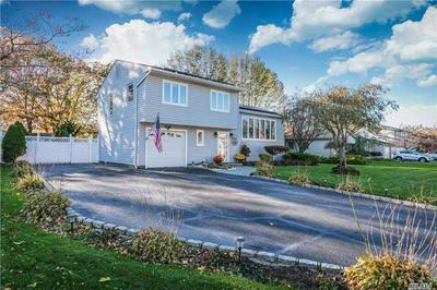 185 THUNDER RD, Holbrook, NY 11741 - Photo 2