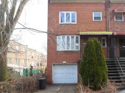 3044 RADCLIFF AVE, BRONX, NY 10469 - Photo 1