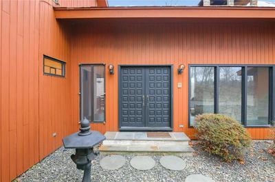 822 SLEEPY HOLLOW RD, Briarcliff Manor, NY 10510 - Photo 2
