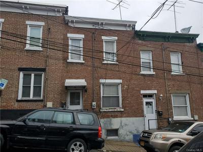 37 MOQUETTE ROW S, Yonkers, NY 10703 - Photo 1