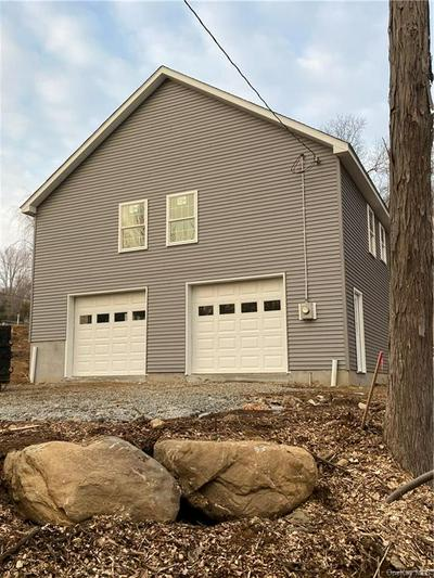 10 LOWER LAKE RD, Mahopac, NY 10541 - Photo 2