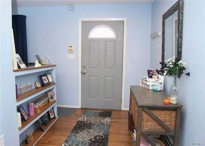 1820 LINCOLN AVE, Holbrook, NY 11741 - Photo 2
