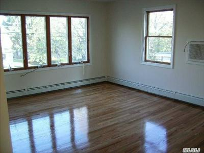 117 JEFFERSON AVE 2ND FL, Mineola, NY 11501 - Photo 2