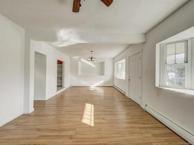 40 LAWRENCE AVE, New Windsor, NY 12553 - Photo 2
