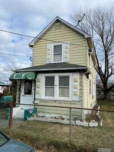 152 HOLLAND AVE, Elmont, NY 11003 - Photo 1