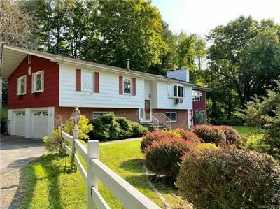 5 W WIND RD, Pawling, NY 12564 - Photo 1