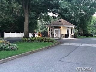 423 WOODBRIDGE DR UNIT C, Ridge, NY 11961 - Photo 2