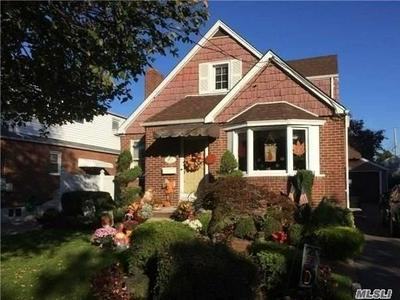 153 SEMTON BLVD, Franklin Square, NY 11010 - Photo 2