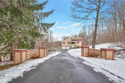 42 SANTINO CT, Mahopac, NY 10541 - Photo 2