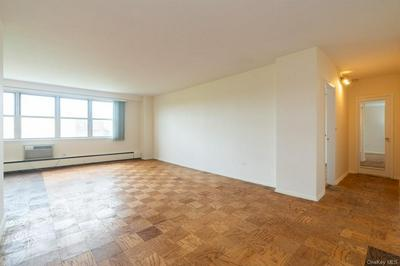 615 PALMER RD APT 703, Yonkers, NY 10701 - Photo 2