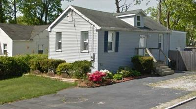 14 WOODMONT PL, Farmingville, NY 11738 - Photo 1