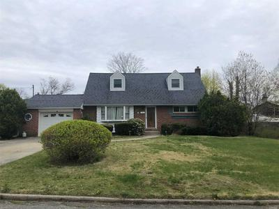 10 STAGER LN, Commack, NY 11725 - Photo 1