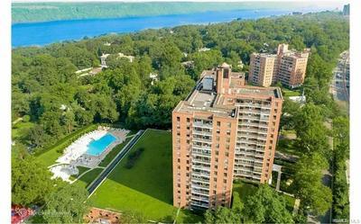 4705 W HENRY HUDSON PARKWAY 10K, Bronx, NY 10471 - Photo 1