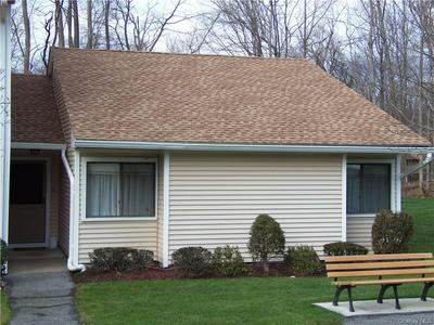 95 MOLLY PITCHER LN APT K, Yorktown Heights, NY 10598 - Photo 1