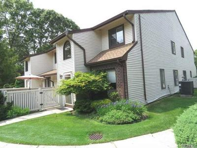 374 CLUBHOUSE CT, Coram, NY 11727 - Photo 1