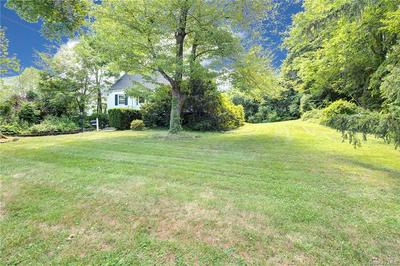 72 VALLEY TER, Rye Town, NY 10573 - Photo 2