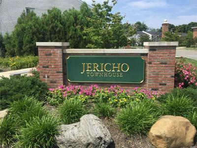 520 DAWSON LN, Jericho, NY 11753 - Photo 1