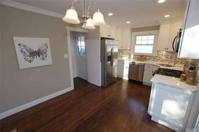 52 HARRIS ST, Patchogue, NY 11772 - Photo 2