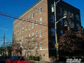 302 LONGACRE AVE APT C-4, Woodmere, NY 11598 - Photo 1