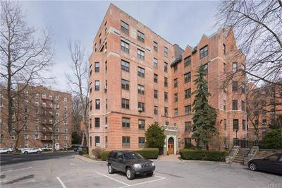 824 BRONX RIVER RD APT 2C, YONKERS, NY 10708 - Photo 2