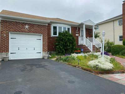 121 BLOOMINGDALE RD, Levittown, NY 11756 - Photo 1