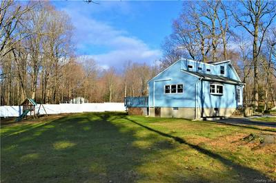 58 STARVIEW AVE, Putnam Valley, NY 10579 - Photo 2
